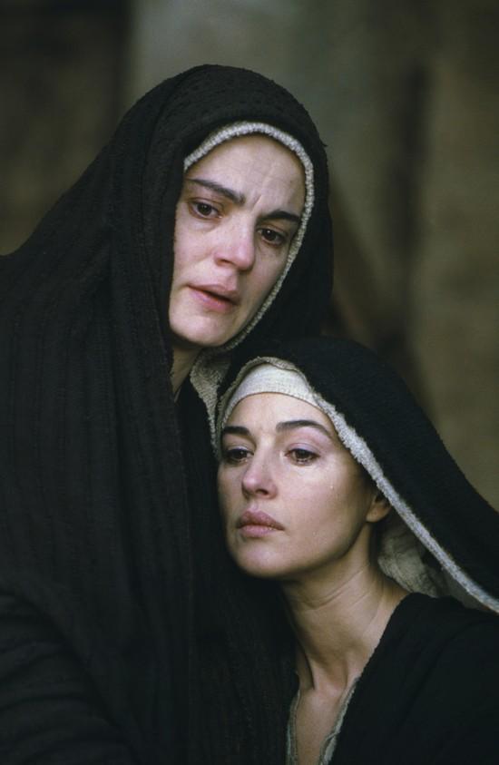 """Grała Marię Magdalenę w """"Pasji Chrystusta"""" w reżyserii Mela Gibsona"""