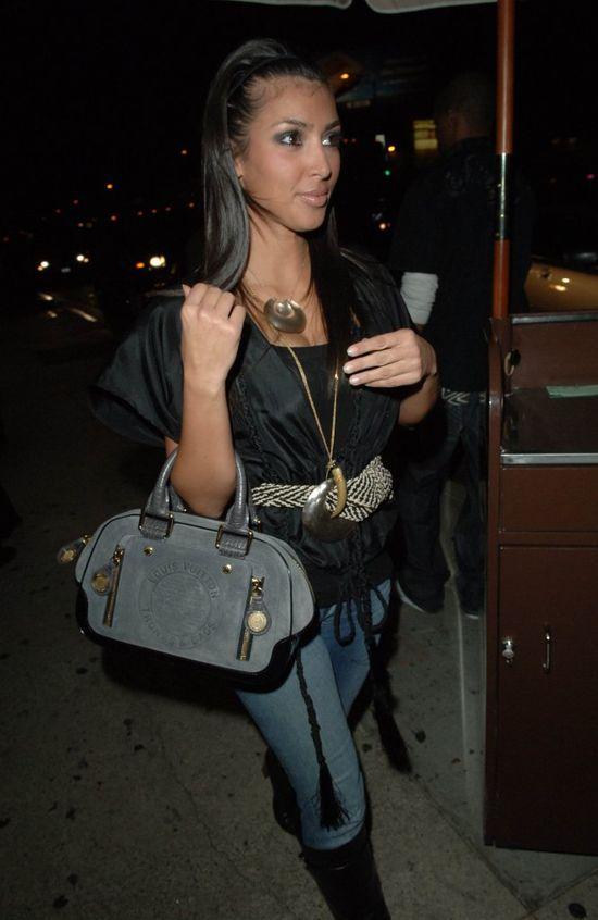 Kim Kardashian w czarnej sukience 2006
