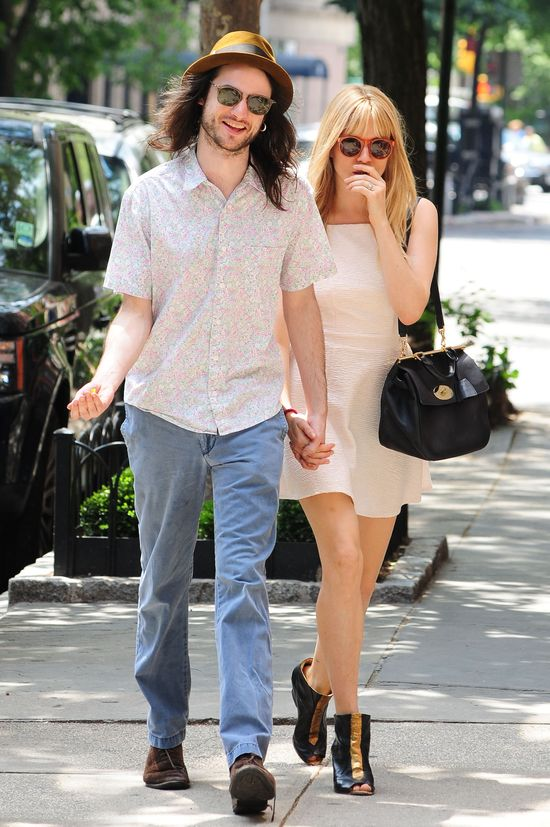 Zakochani Sienna Miller i Tom Sturridge