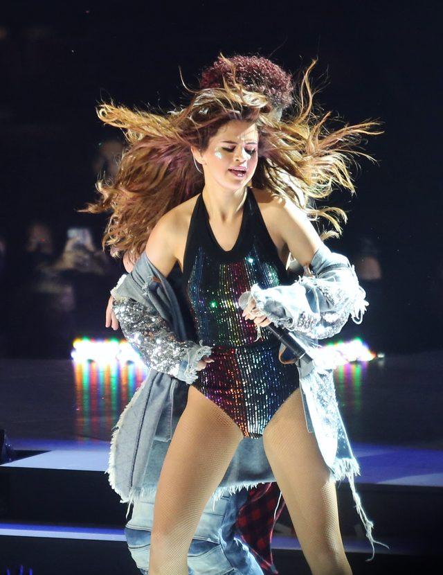 Selena Gomez ruszyła w trasę koncertową - tu na scenie w Vancouver