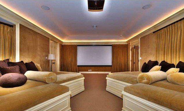 Dom Mariah Carey, sala kinowa