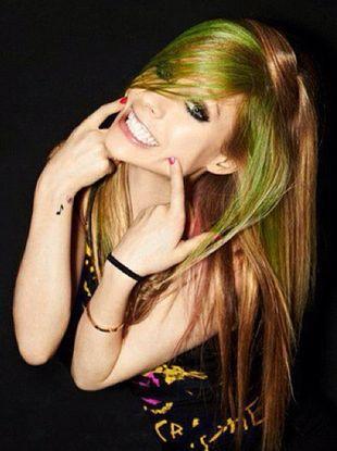 Avril Lavigne dostała prezent od polskich fanów (FOTO)