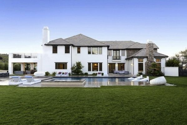 Nowy dom Katie Holmes i Suri Cruise