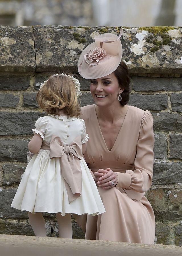 Kate jest wściekła na Pippe! Wszystko przez stylizację na chrzcinach Luisa!