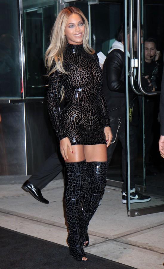 "Beyonce świętuje sukces albumu ""Beyonce"""
