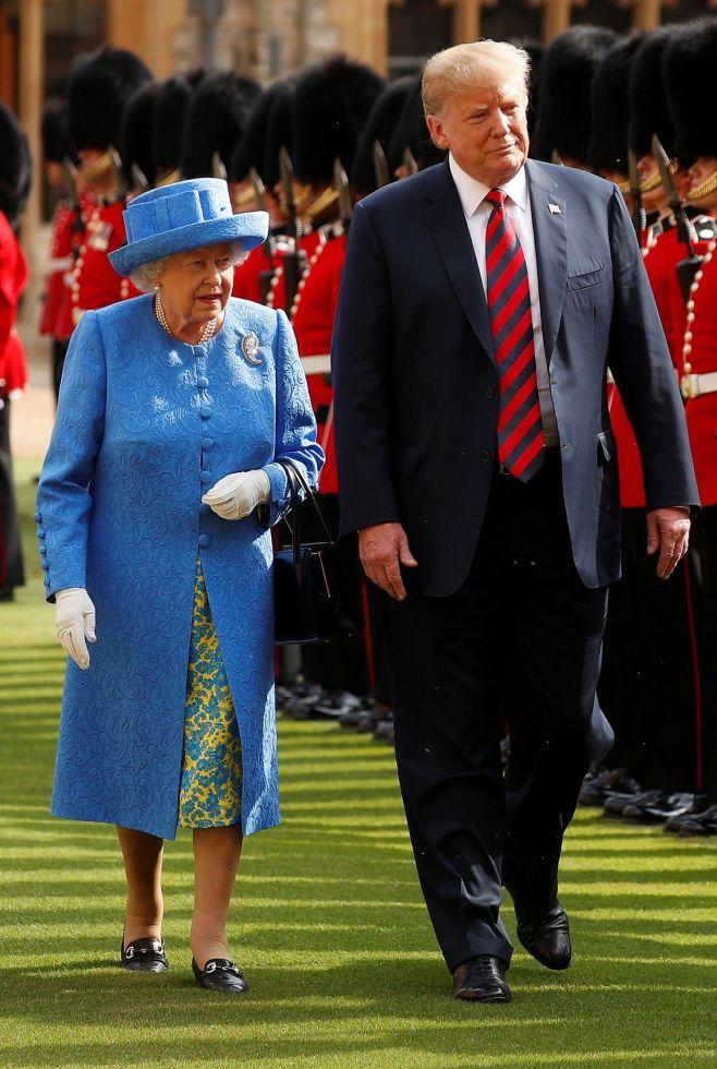 Królowa Elżbieta II przeżywa żałobę. Jest załamana