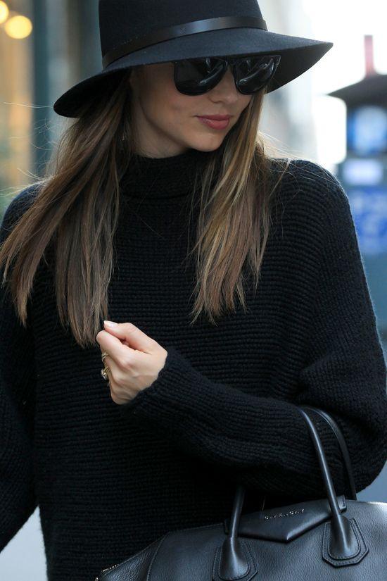 Miranda Kerr z torebką Gucci.