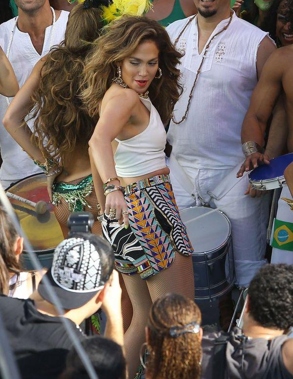 Jennifer Lopez i Pitbull pracują na planie wideo
