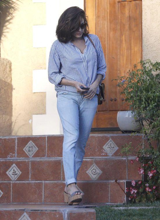 Eva Mendes w jeansach