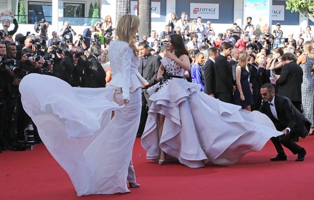 Petra Nemcova i Aishwarya Rai na czerwonym dywanie