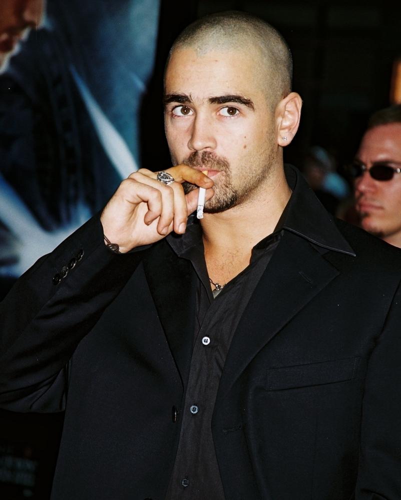 Colin Farrell jest synem irlandzkiego pi�karza, ma jednego brata i dwie siostry.