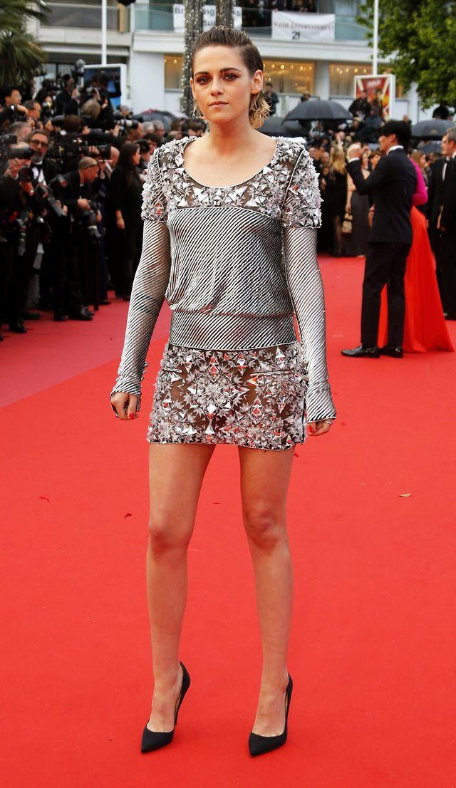 ZANIEDBANE stopy Kristen Stewart na czerwonym dywanie w Cannes
