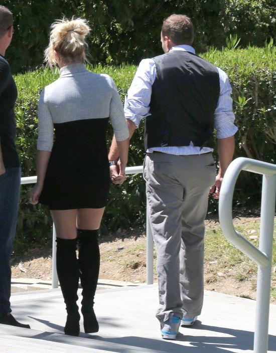 Kościelny look Britney Spears