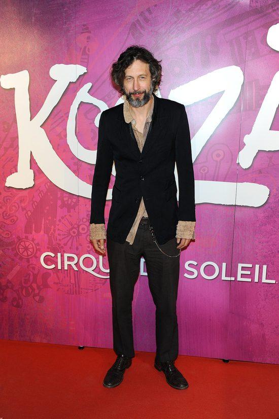 Szymon Majewski to jeden z najciekawiej ubieraj�cych si� gwiazdor�w.