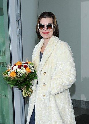Milla Jovovich przyleciała do Polski (FOTO)