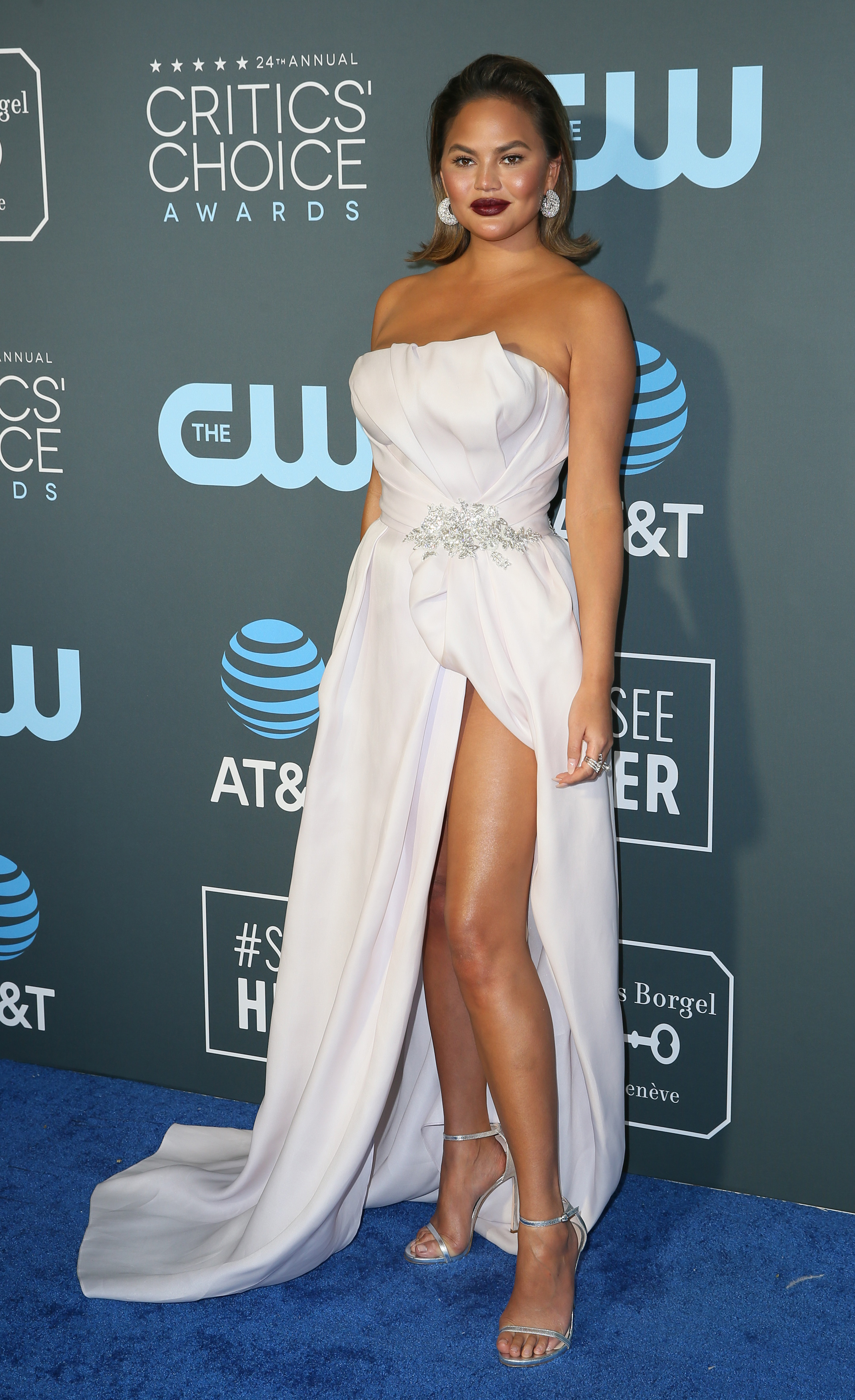 Szykowna Lady Gaga i Joanna Kulig w czerni na Critics Choice Awards (ZDJĘCIA)
