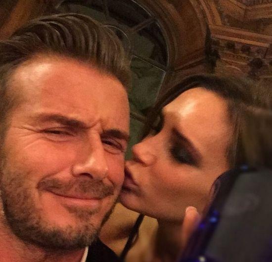Victoria Beckham ca�uje Davida Beckhama