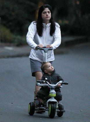 Słodkie fotki Selmy Blair i jej synka (FOTO)