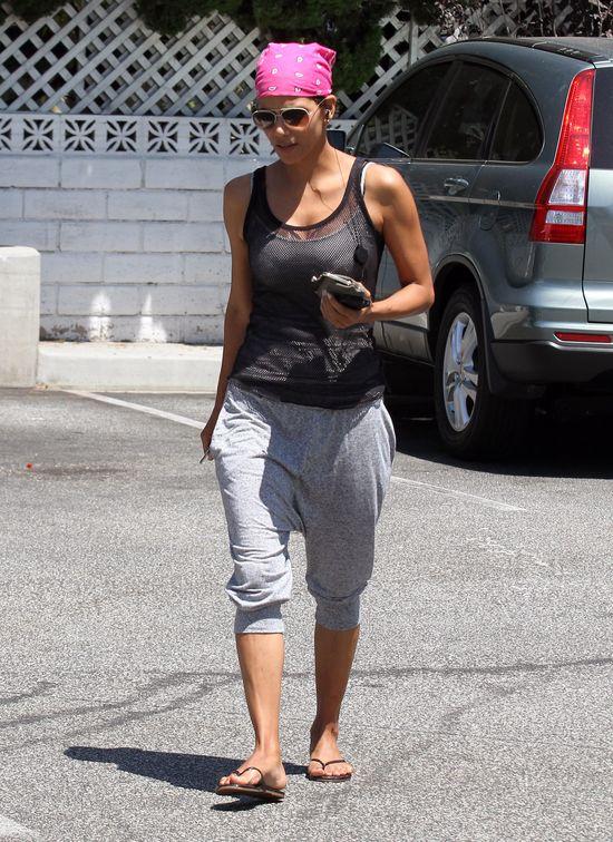 Piękna 46-letnia Halle Berry