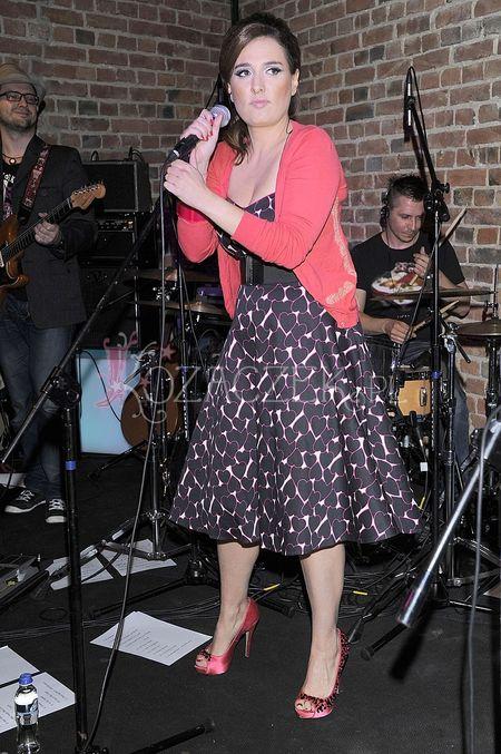 Mika Urbaniak (córka Urszuli Dudziak) w warszawskim klubie