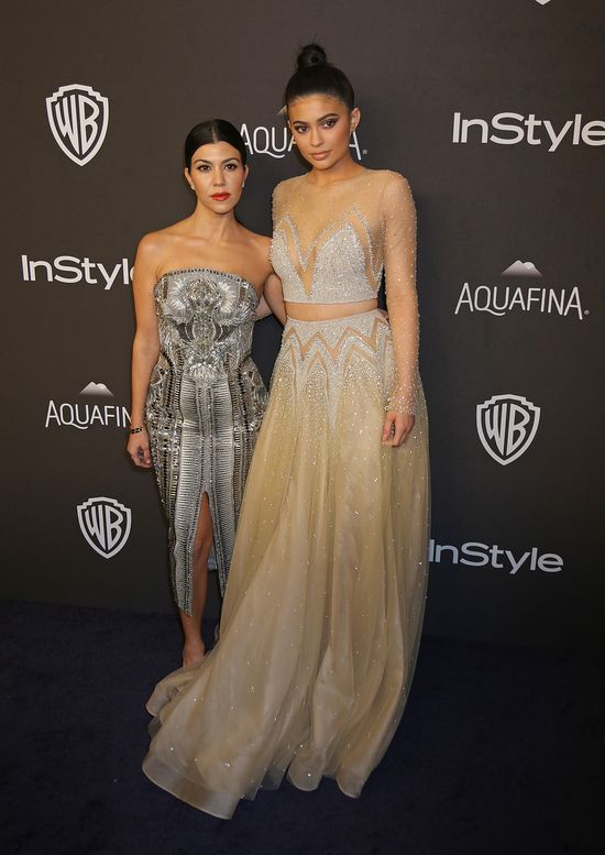 Kourtney Kardashian i Kylie Jenner na After Party po Z�otych Globach w 2016