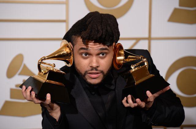 Informacja o nowym związku rapera The Weeknd z SelenąGomez szturmem obiegłą media plotkarskie na świecie. Niestety najbardziej poszkodowaną była tutaj Bella Hadid, która podobno dalej kocha kanadyjskiego gwiazdora.  Jednakże z najnowszych informacji wynika, że piosenkarz nie był najwierniejszym partnerem…