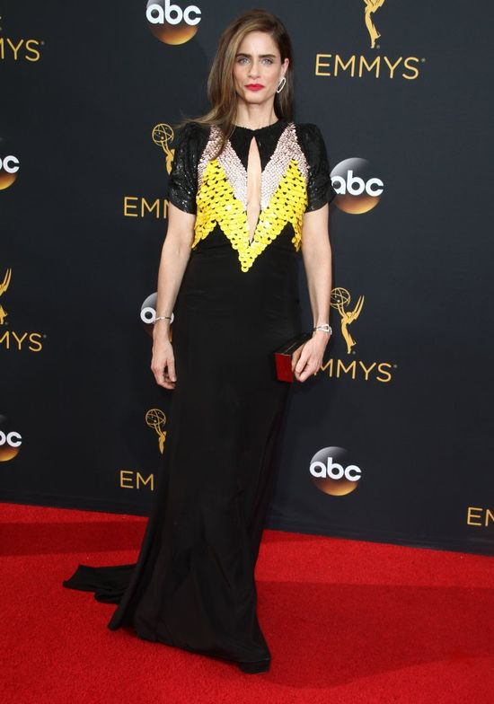 Amanda Peet na rozdaniu nagród Emmy