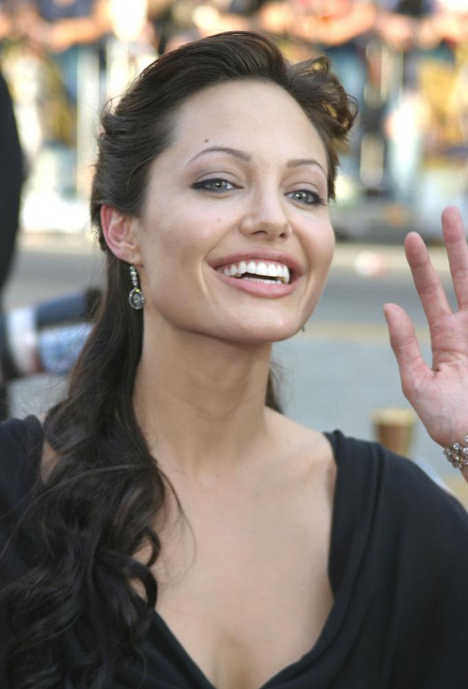 Angelina Jolie na starych zdjęciach