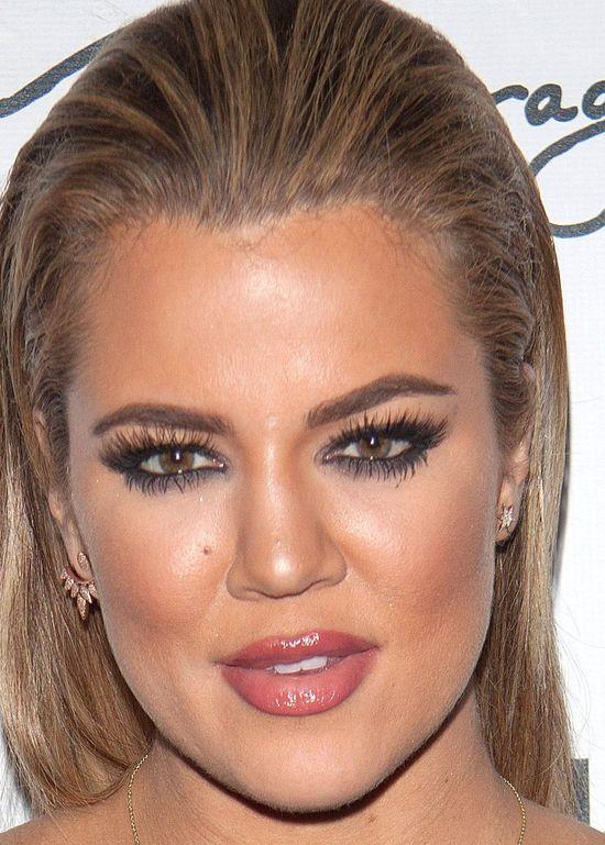 Khloe Kardashian z makijażem