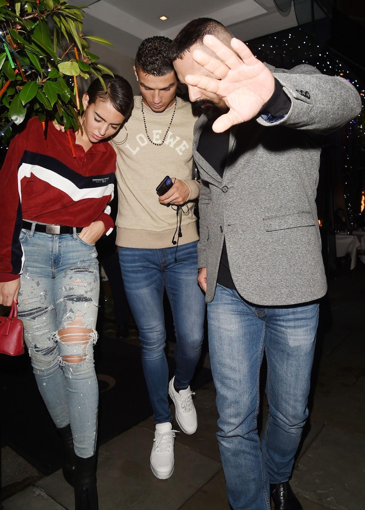 Georgina Rodriguez ze swym chłopakiem Christiano Ronaldo w Londynie