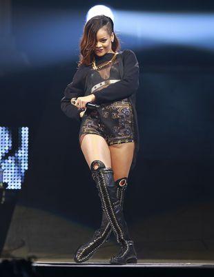 Rihanna i Chris Brown na romantycznej przejażdżce (FOTO)