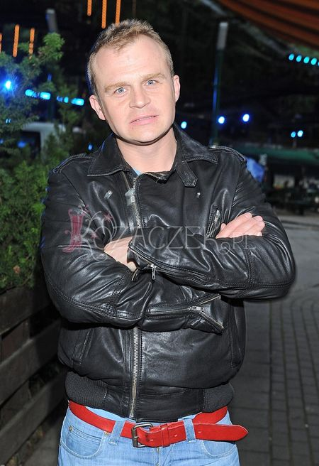 Lider grupy Comy, Piotr Rogucki jest w szpitalu