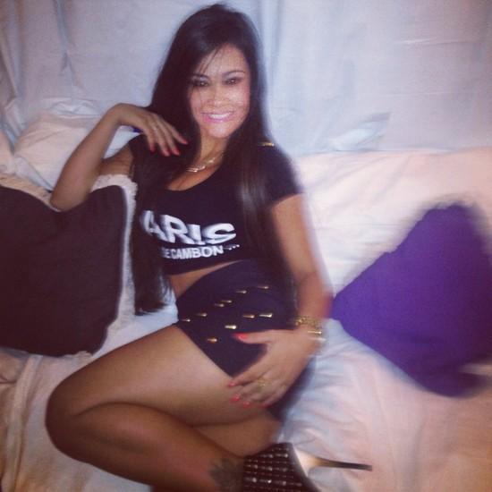 Tati Neves - to ona sfilmowała Biebera śpiącego po stosunku!