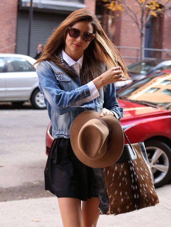 Miranda Kerr w kapeluszu