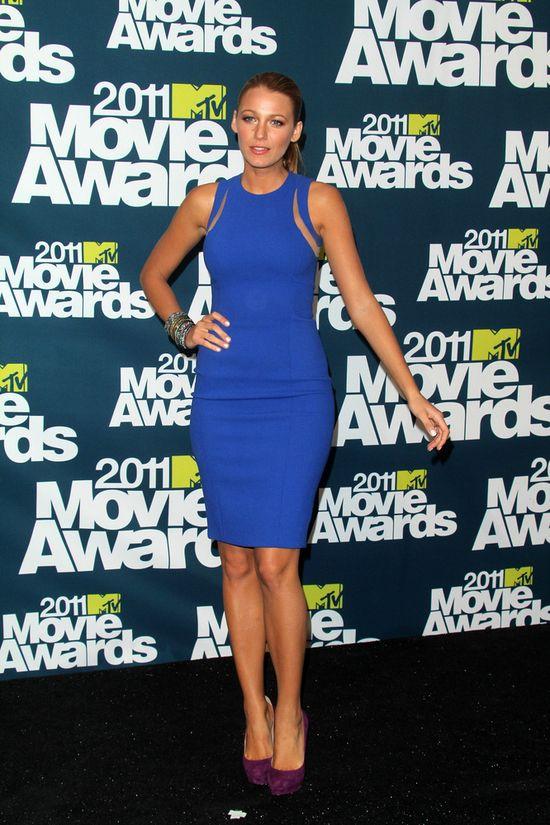 Blake Lively, niebieska sukienka