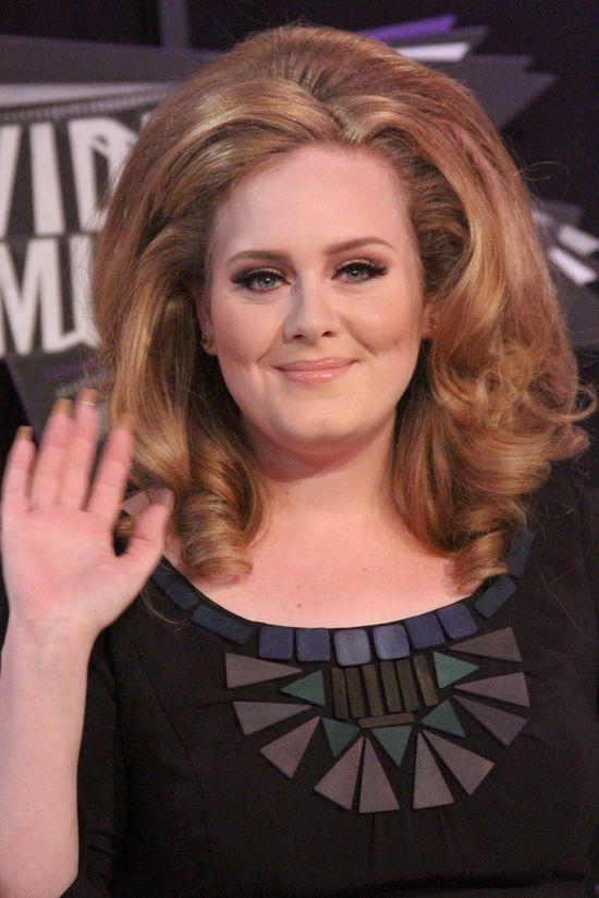 Adele, twarz