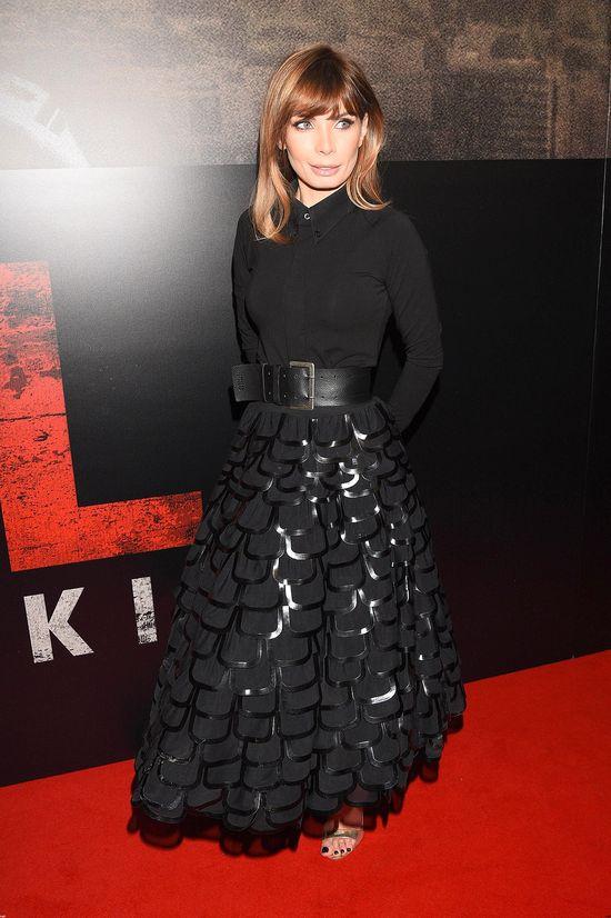 """Agnieszka Dygant w czarnej koszuli i długiej spódnicy na premierze filmu """"Pitbull: Nowe porządki"""""""