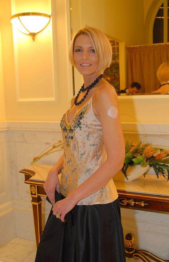 Ilona Felicjańska jako blondynka w krótkim bobie