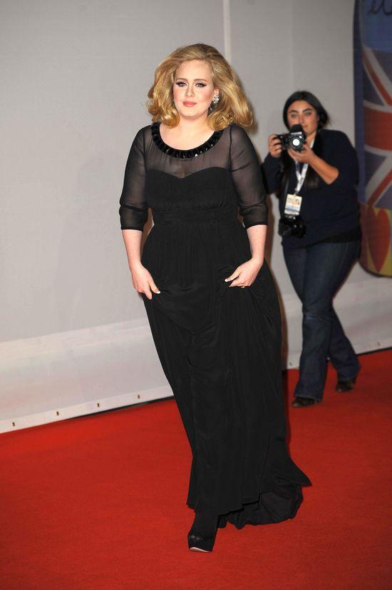 Louis Walsh: Adele nie powinna robić sobie urlopu po porodzi