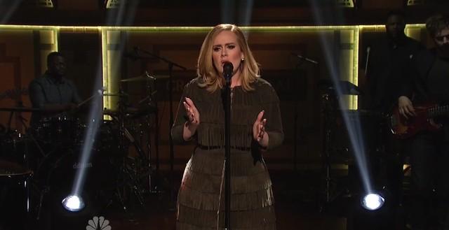 Adele a capella brzmi NIEWIARYGODNIE dobrze