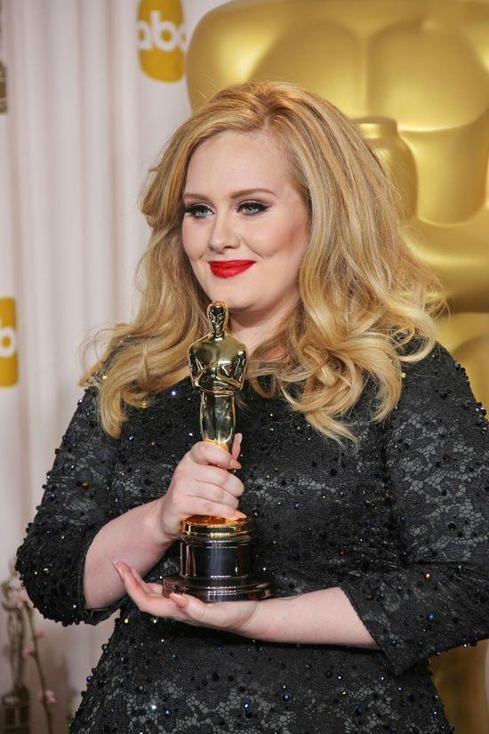 Nieumalowana Adele knuje z Lady Gag� (FOTO)