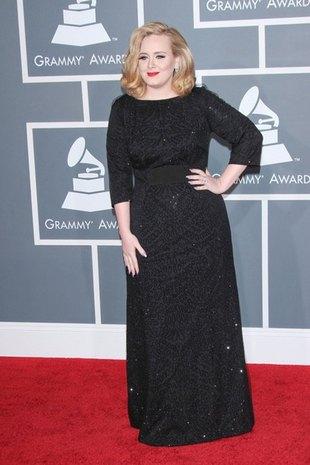 Adele: Miałam na sobie 3 lub 4 pary bielizny wyszczuplającej