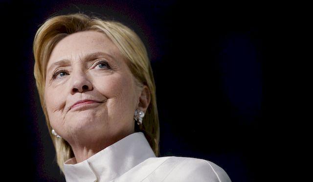 To zdjęcie z Hillary Clinton pokazuje dramat naszego społeczeństwa