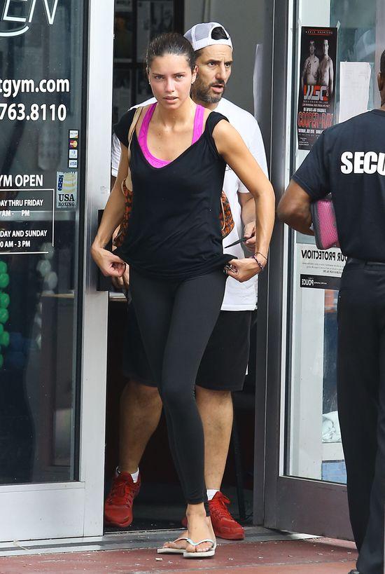 Adriana Lima boksuje (FOTO)