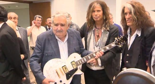 Aerosmith i najbiedniejszy prezydent świata (VIDEO)