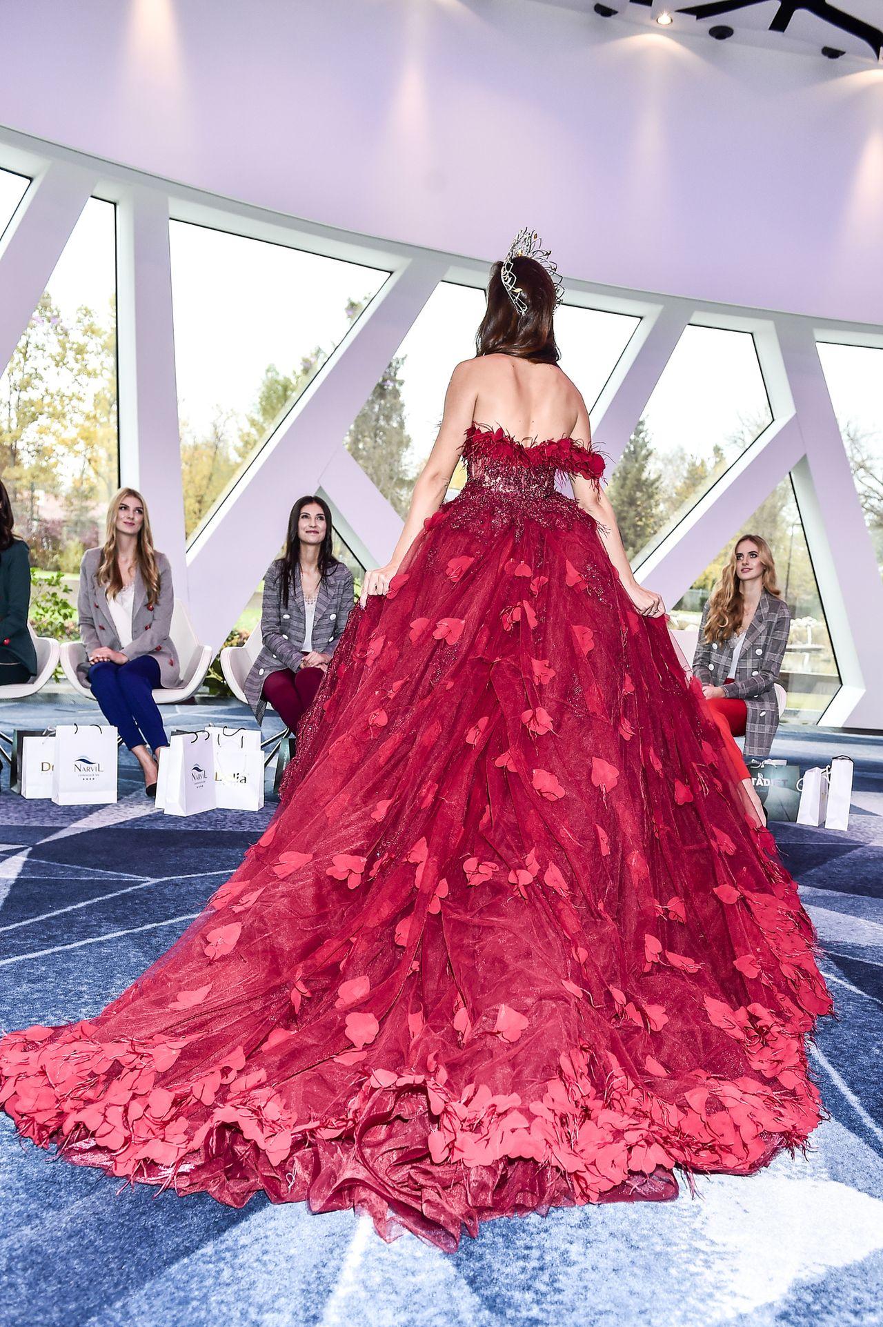 Miss World 2018 została śliczna Miss Meksyku - jak wypadła Agata Biernat?
