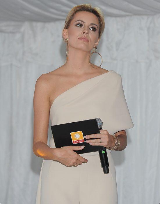 Agnieszka Popielewicz zadbała, by pokazać obrączkę (FOTO)