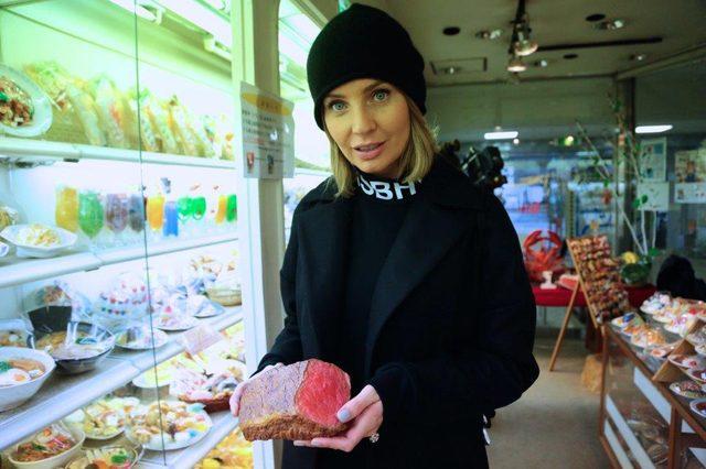 Agnieszka Szulim z sex shopu do trumny (FOTO)