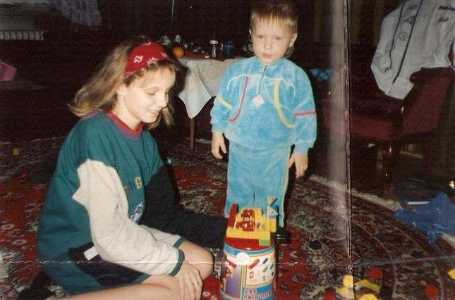 Czyje to zdjęcia z dzieciństwa?