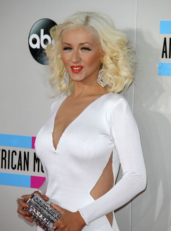 Christina Aguilera szczup�a i sexy na gali AMA (FOTO)